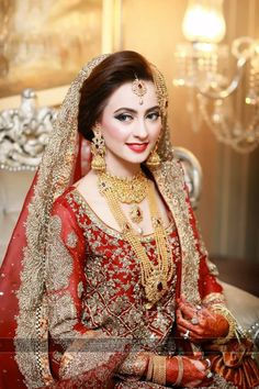 My Pakistani wedding inspirations: Photo Pakistan Bride, Pakistan Wedding, Pakistani Bridal Makeup, Pakistani Wedding Dresses, Saris, Glam Look, Bridal Makeover, Desi Bride, Asian Bridal