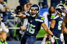 Tyler Lockett out for the season after breaking his leg