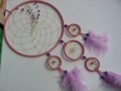 Großer rosa Traumfänger mit Amethyst und Kristall von Traumnetz-com :  Traumfänger, Schmuck, Bilder auf DaWanda.com
