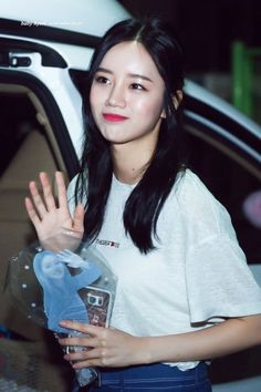 To celebrate the episode for DoReMi Market, Girl's Day's Hyeri held an interview to reflect on the best parts of her days with the show so far. Girl's Day Hyeri, Lee Hyeri, Girls Day Members, Girl Sday, Korean Music, Korean Celebrities, Korean Women, Beautiful Asian Girls, Korean Girl Groups