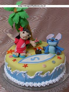 love who she did the waves.... Lilo & Stitch Cake by Dragonfly Doces, via Flickr