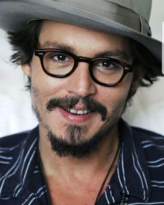 The gallery for --> Johnny Depp Without Facial Hair