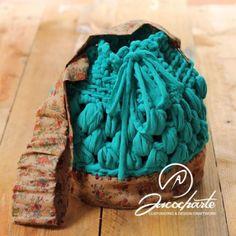 Inspiración vintage - Bolso Zenobia, Cinta Sacocharte, Tela Ganchillo, Costura. Color verde azulado.