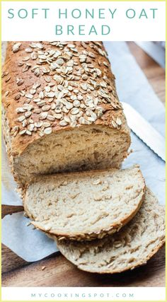 Honey Oat Bread Soft Honey Oat Bread is a recipe the whole family will love! Perfect for sandwiches or as a side with dinner.Soft Honey Oat Bread is a recipe the whole family will love! Perfect for sandwiches or as a side with dinner. Bread Maker Recipes, Baking Recipes, Yeast Bread Recipes, Oat Flour Recipes, Yeast Free Breads, No Yeast Bread, Kitchen Aid Recipes, Syrup Recipes, Cornbread Recipes