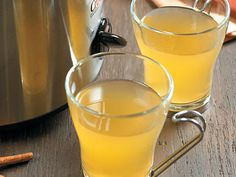 Hot Mulled Ginger-Spiced Cider | This seasonal mulled cider is perfect for any holiday celebration, from Thanksgiving dinner to late-night tree decorating sessions.