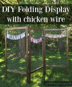 How to Build a DIY Folding Display with Chicken Wire. These would be great for a craft fair or a party! How to build a DIY folding display with chicken wire - great for markets or craft fairs! Craft Fair Displays, Craft Show Booths, Vendor Displays, Vendor Booth, Craft Show Ideas, Display Ideas, Booth Ideas, Shop Displays, Craft Fair Ideas To Sell