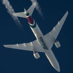 "Alitalia Boeing 777-243/ER I-DISU ""Alberto Nassetti"" operating AZ786 en route from Milan to Tokyo, March 2016. (Photo via Instagram: Mirek Zagórski)"