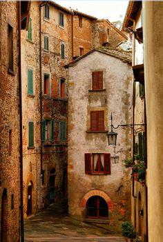 Aldeia medieval Anghiri Toscana, Itália