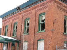 Houses, barns, other buildings and ruins and structures of Northern NY, Jefferson County and upstate area. Old Abandoned Buildings, Old Buildings, Old Bricks, Brick Design, Brick Building, Cornice, Santa Fe, Multi Story Building, Houses