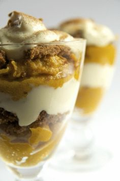 Pumpkin Yogurt Crunch - breakfast parfait perfect for the fall! have to try this!!!