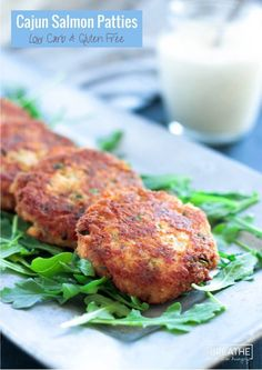 Low Carb Meals These fantastic Cajun Salmon Patties are low carb, gluten free and keto friendly! - These easy and healthy cajun salmon patties can be made in about 10 minutes - perfect for those hectic weeknights! Keto Foods, Ketogenic Recipes, Keto Meal, Ketogenic Diet, Salmon Recipes, Fish Recipes, Seafood Recipes, Healthy Recipes, Low Carb Recipes