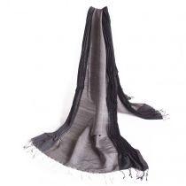 handgeweven zijden/wollen sjaals, (fair trade). Designed by Fates. www.fates.nl