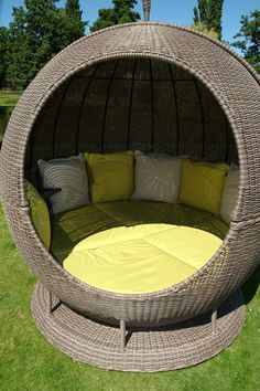 Helios, Apple Day Bed - Another day bed for the garden