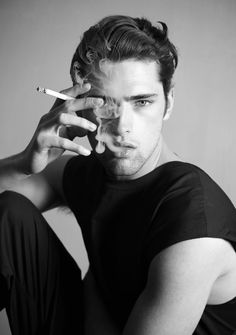 Male model Sean O'pry in a black and white photo Sean O'pry, Man Smoking, Smoking Kills, Male Photography, Monochrom, Gorgeous Men, Male Models, Sexy Men, Hot Guys