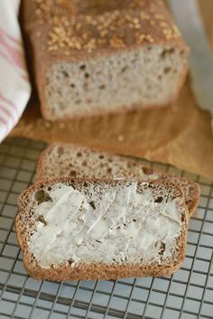My Best Keto Bread Recipe is gluten & grain-free and the best way to keep on enjoying light fluffy bread and rolls without compromising on taste or texture! Best Keto Bread, Low Carb Bread, Bread Recipes, Baking Recipes, Keto Recipes, Dairy Free Bread, Gluten Free, Bigger Bolder Baking, Baking Tins