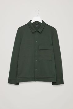 Front image of Cos cotton-twill shirt jacket in green Vintage Clothing Online, Twill Shirt, Men's Coats And Jackets, Mens Jumpers, Green Jacket, Fashion Wear, Shirt Jacket, Shirt Style, Casual Shirts