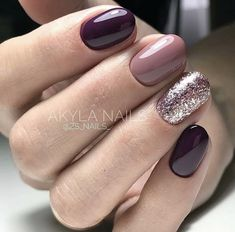 False nails have the advantage of offering a manicure worthy of the most advanced backstage and to hold longer than a simple nail polish. The problem is how to remove them without damaging your nails. Wedding Day Nails, Wedding Nails Design, Wedding Makeup, Pink Nails, My Nails, Fall Nails, Fall Manicure, Matte Nails, Purple Manicure