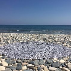 Weekend vibes ☀️😎💙 #roundie #beachtowels #besnazzy #snazzy Summer Accessories, Weekend Vibes, Beach Mat, Outdoor Blanket, Instagram Posts