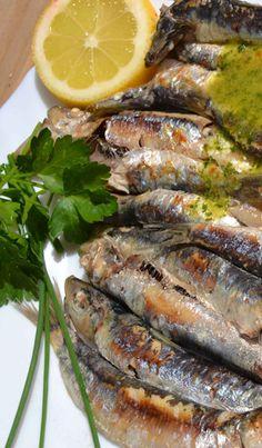 Adelgazar sin dietas: Sardinas con salsa de Cilantro y Perejil. Descubre el placer al comer esta receta con sardinas (alimento antiinflamatorio),  que te dejará saciado,  que mejora la salud de tu sistema cardiovascular  y te ayuda a adelgazar.
