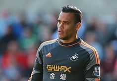 23-Jul-2014 8:49 - VORM: 'IK HOOR NOG WANNEER IK BIJ DE SELECTIE AANSLUIT'. Michel Vorm tekent spoedig een contract met Tottenham Hotspur, maar de van Swansea City afkomstige doelman gaat eerst zijn vakantie hervatten.