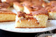 Äppelkaka i långpanna | Nina Hermansen - Niiinis Kitchenlife French Toast, Cheesecake, Breakfast, Desserts, Food, Morning Coffee, Tailgate Desserts, Deserts, Cheesecakes
