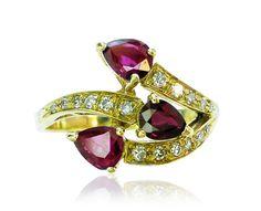 Rubin Ring Rubintropfen Diamanten Gold