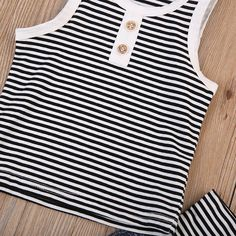 Beach Boat Striped Sleeveless T-Shirt and Short Pants Set Boys Summer Outfits, Summer Boy, Toddler Outfits, Boy Outfits, Baby Boy Clothing Sets, Tie Dye Outfits, Boys Ties, T Shirt And Shorts, Boys Hoodies
