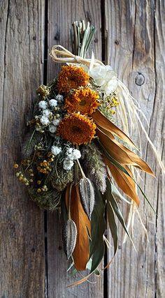 Wreaths And Garlands, Xmas Wreaths, Green Flowers, Pretty Flowers, Dry Flowers, L Eucalyptus, Dried Flower Arrangements, Dried Flower Bouquet, How To Preserve Flowers