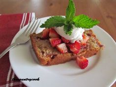 The Country Cook: Strawberry Bread - this was just. It was ok plain, we never tried it with strawberry shortcake, but I ended up throwing most of it out.no one said they didn't like it, but then no one ate it either, so. Strawberry Bread, Strawberry Recipes, Strawberry Shortcake, Bread Recipes, Cooking Recipes, Donut Recipes, Kitchen Recipes, Yummy Treats, Yummy Food