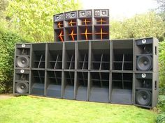 And this is just the left side! Subwoofer Box Design, Speaker Box Design, Subwoofer Speaker, Dj System, Audio System, Dj Equipment For Sale, Speaker Plans, Wall Of Sound, Dj Setup