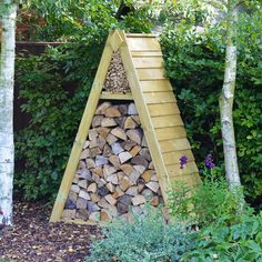 Luffenham log store (available in light green/rustic brown)