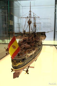 Modelo del Crucero protegido Infanta María Teresa.