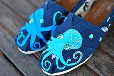 Marina pulpo en amor TOMS shoes por BStreetShoes en Etsy