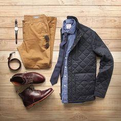 TGIF.  Jacket: @bonobos Banff Shirt: @hamiltonshirts x @toddsnyderny Boots: @rancourtco color 8 chromexcel  Belt: @tannergoods dress belt Watch: @danielwellington Chinos: @bonobos Glasses: @rayban aviator