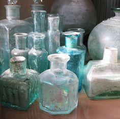 old bottles by Bakelaar en Waardenburg, via Flickr