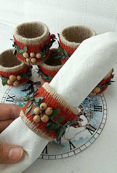 Ideas Wedding Disney Beauty And The Beast Rose Rings Christmas Napkin Rings, Christmas Napkins, Christmas Tablescapes, Christmas Table Decorations, Decoration Table, Burlap Crafts, Christmas Crafts, Diy Crafts, Christmas Ornaments