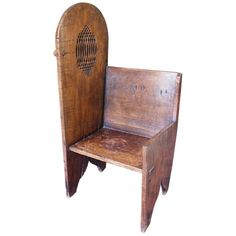 For Sale on - century Belgian Gothic oak wood confessional with a carved side opening hiding the faithful's faces. Home Altar, Antique Chairs, Renaissance Art, Fine Furniture, 16th Century, Table And Chairs, Accent Chairs, Gothic, Art Deco