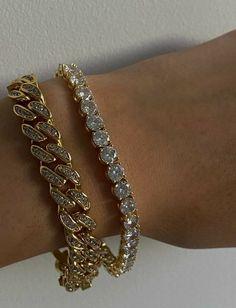 Nail Jewelry, Gold Jewelry, Jewelry Accessories, Fashion Accessories, Fashion Jewelry, Stylish Jewelry, Cute Jewelry, Luxury Jewelry, Accesorios Casual