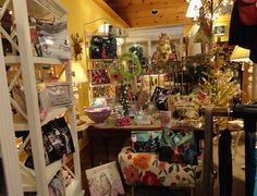 Cobblestone Village Gift Shop is a one-stop destination offering exquisite home décor and gifts, as well as a place where you can enjoy a gourmet lunch in a quaint café.