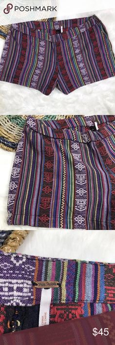 """💖SALE💖Free People Boho Shorts Excellent pre worn conditions free People Boho Multicolor shorts. Bring a splash of color and make a fun outfit with this shorts. Measurements: waist:15.5"""" hips:19"""" inseam:3"""" length:10"""" Free People Shorts"""