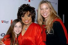 Eartha Kitt gets together with her daughter, Kitt, and granddaughter Rachel backstage during the 2006 Heart Truth Red Dress Collection show at the Tent in Bryant Park on the opening day of Fashion Week. Kitt Mcdonald, Eartha Kitt Daughter, Kitt Shapiro, Vintage Black Glamour, Mom Daughter, Daughters, Black Families, Family Love, All In The Family