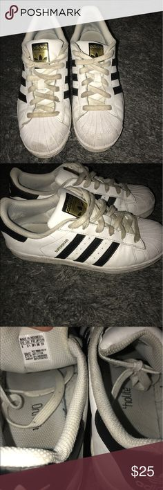 40d3bf26b7a550 Adidas Superstars Signs of wear but still a lot of use left!🚨 I WILL TRADE  ITEMS IN MY CLOSET FOR LULULEMON ITEMS I LIKE! 🚨 adidas Shoes Athletic  Shoes