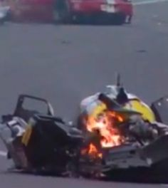 #VIDEO Expiloto de F1 Mark Webber sufre terrible accidente en Sao Paulo http://youtu.be/33WpBx5iOOQ