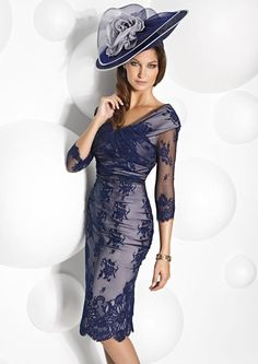 Cheap lace dress, Buy Quality lace celebrity dresses directly from China dress size 2 measurements Suppliers: New Fashion Modest Navy Blue Lace Mother of the Bride Dresses 2017 with Sleeves Tea-Length Prom Gowns vestido mae da noiva Mother Of Groom Dresses, Bride Groom Dress, Groom Outfit, Mothers Dresses, Mother Of The Bride, Bride Dresses, Event Dresses, Occasion Dresses, Occasion Wear