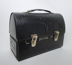 Vintage American Thermos Black Metal Dome Lunchbox - Vintage American Thermos black metal V Victory dome workman lunchbox. For more info and photos visit our webstore Colour Board, Yard Sale, Black Metal, Suitcase, Decorative Boxes, Lunch Box, Retro, American, Antiques