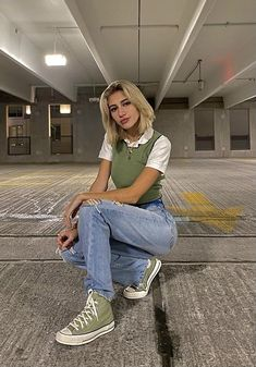 Indie Outfits, Teen Fashion Outfits, Retro Outfits, Cute Casual Outfits, Trendy Teen Fashion, Aesthetic Fashion, Look Fashion, Aesthetic Clothes, 40s Mode