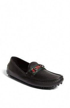 f82b186ed63 #WomenSFashionInThe1940S Driving Loafers, Driving Shoes, Gucci Flats, Gucci  Gucci, Loafers For