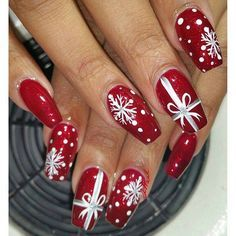 Festive Christmas Nail Designs for An outsta. Festive Christmas Nail Designs for An outstanding Christmas nail art can help you get into the Christmas spirit.Hopefully you will find yours from this list and make you stand out this season. Christmas Present Nail Art, Cute Christmas Nails, Holiday Nail Art, Xmas Nails, Winter Nail Art, Winter Nails, Christmas Presents, Christmas Manicure, Christmas Ideas