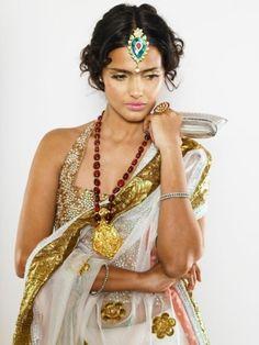 Vipasha Agarwal White Sari Jewelry