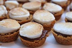 S'Mores cups!!! *** I made this last night for a BBQ and they were a huge hit! It was so easy and quick to make them and got all ingredients at Aldi for $5.71! I doubled the recipe and still have enough stuff left to make another batch. Keeping these on a new fav list for summer desserts!